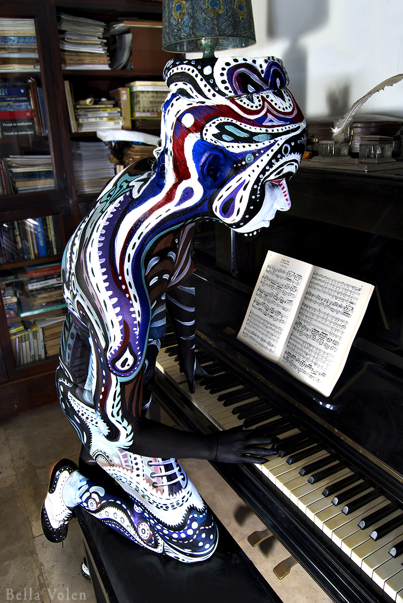 art photography, bodypainting and piano